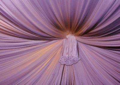 curtain-107104_1920