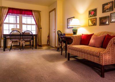 family-room-670281_1920